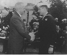 navy-medal-of-honor-bush-truman