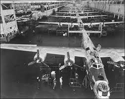 ww2-douglas-airplane-factory