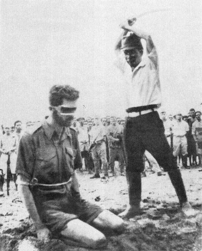 japanese-soldier-beheads-american-pow