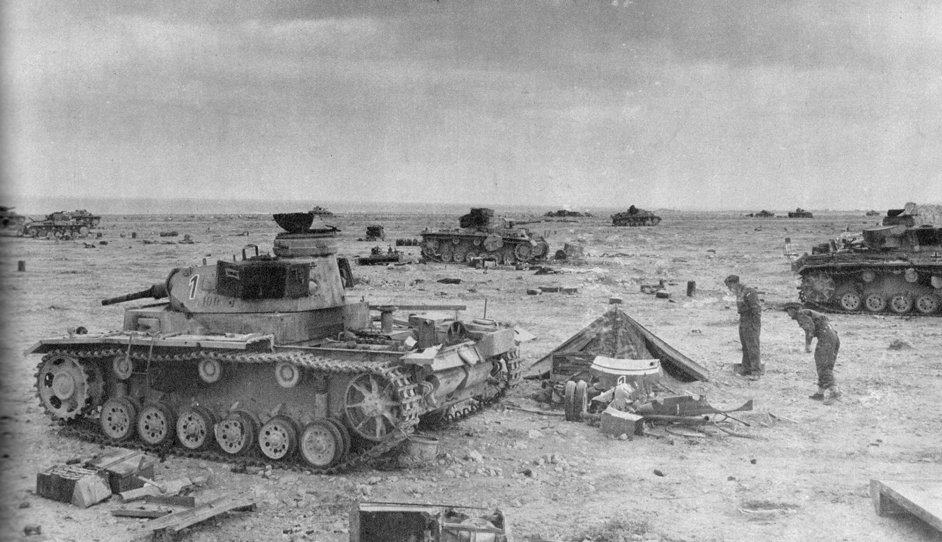 african-campaign-ww2-tanks